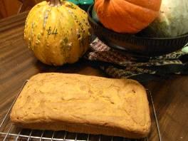fresh pumpkin bread