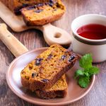 Cocolate chip pumpkin bread