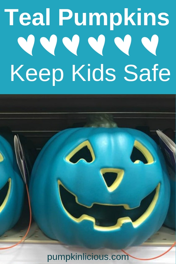 Have you heard of the teal pumpkin project? It's been created to keep kids safe while having fun on Halloween night. Now you have one more reason to decorate your front porch with some cool colored pumpkins. Look here to get treats ideas, and a printable sign you can post by your tel pumpkin. #tealpumpkin #tealpumpkinproject #keepkidssafe #allergyfreetreats #pumpkinlicious