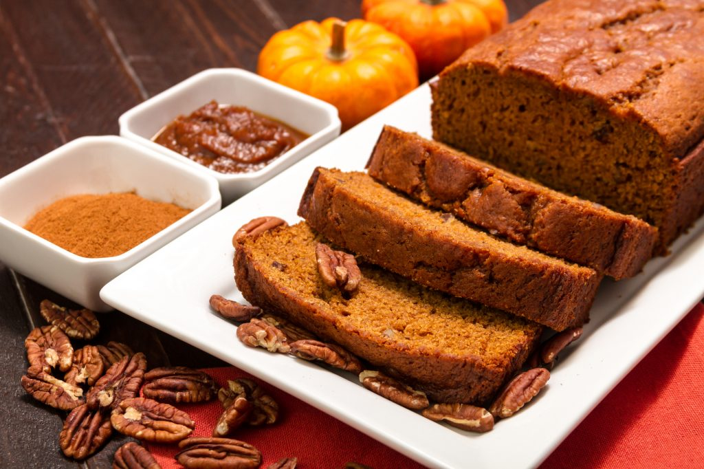 spiced pumpkin pecan bread
